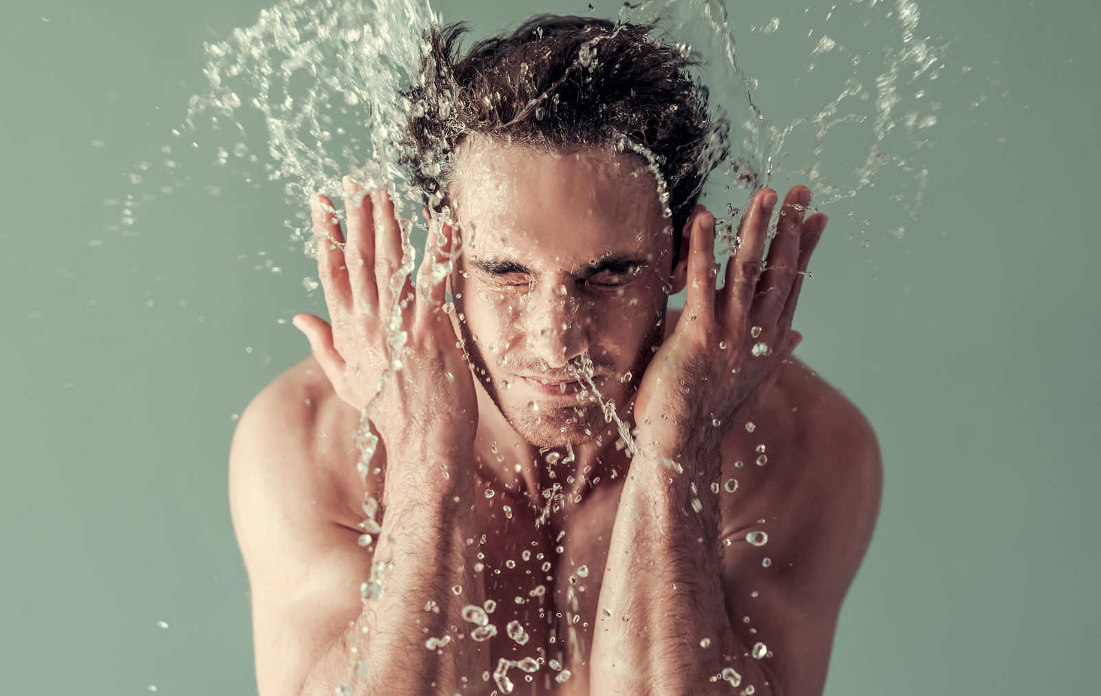 Best Men's Face Washes for Oily Skin