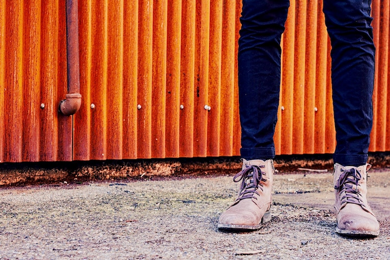 5 Best Powders for Sweaty, Smelly Feet – Goodbye Foot Odor