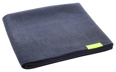 Black Aquis microfiber hair towel - best products for men with long hair