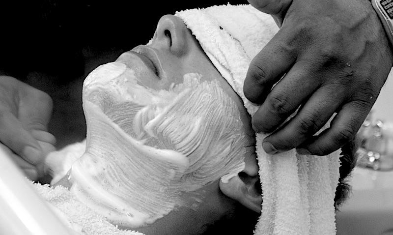 6 Best Smelling Shaving Creams for Men